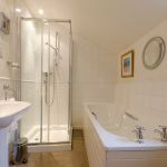 38ChurchSt-bathroom
