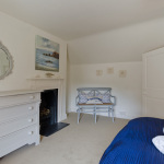 yard-cottage-double-bed-2